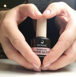 Come pulire i pennelli per Nail Art